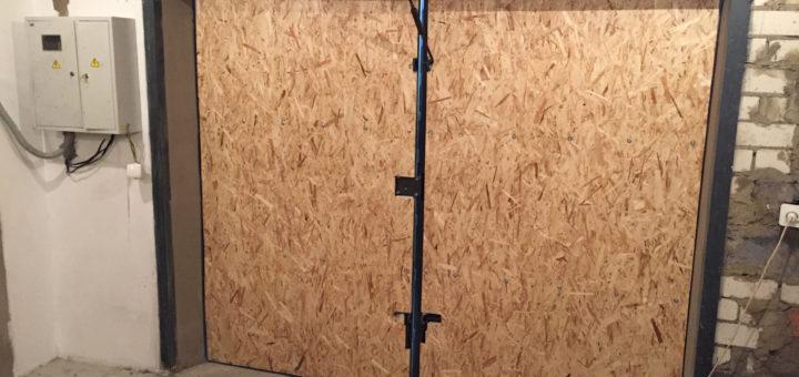 Как утеплить дверь гаража