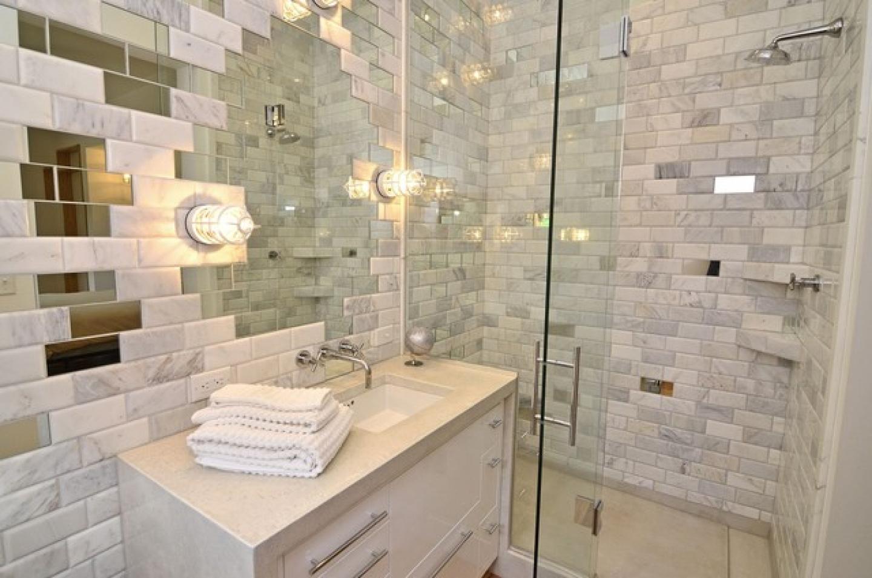 Зеркальная ванная комната фото