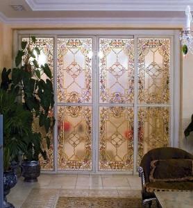 Преимущества витражных раздвижных дверей