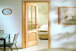 Особенности дверей из массива сосны