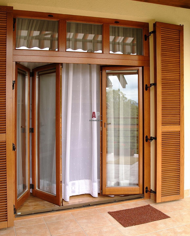 Дверь гармошка деревянная фото