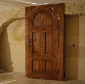 Выбираем дубовые двери