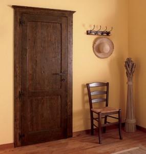 Как выбрать дверь из сосны
