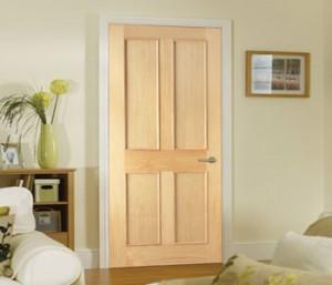 Неокрашенные двери из соснового массива