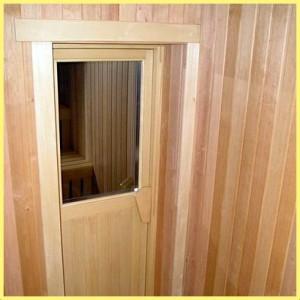 Плюсы дверей в сауну из стекла