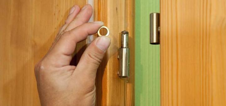 Что делать если дверь плохо закрывается