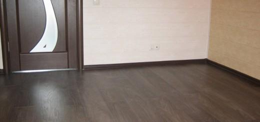 Каким должно быть соединение цвета напольного покрытия и дверных конструкций
