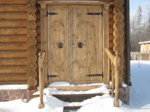 Установка двери в бане