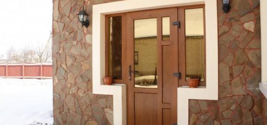 Дверь из ПВХ входная: плюсы и минусы