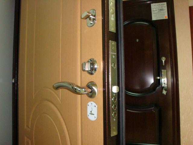 металлический двери в квартиру хорошем качестве