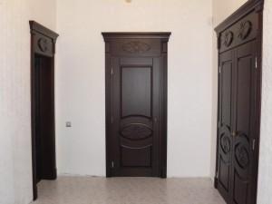 Межкомнатные двери из массива ясеня: характеристика
