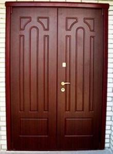 Виды и покрытия наружных дверей