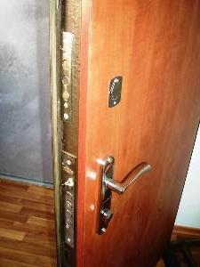 входные металлические двери с большой звукоизоляцией