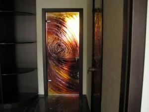 Виды стекла для межкомнатных дверей