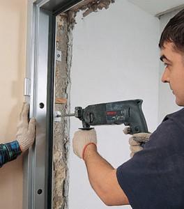 Поэтапный процесс монтажа дверей