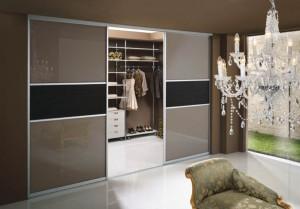 Распашные кухонные двери