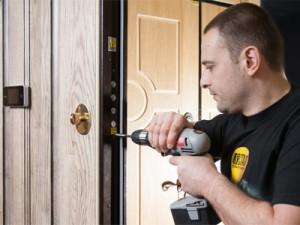 Виды воздействия на дверь и инструменты взлома
