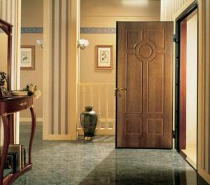 Выбираем металлические двери в квартиру